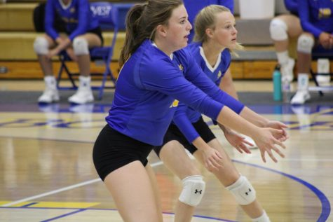 Mountain Home volleyball falls in back-and-forth match against Van Buren